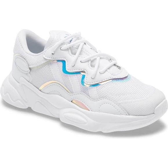 Adidas ozweego j white sneaker toddler size 11 K